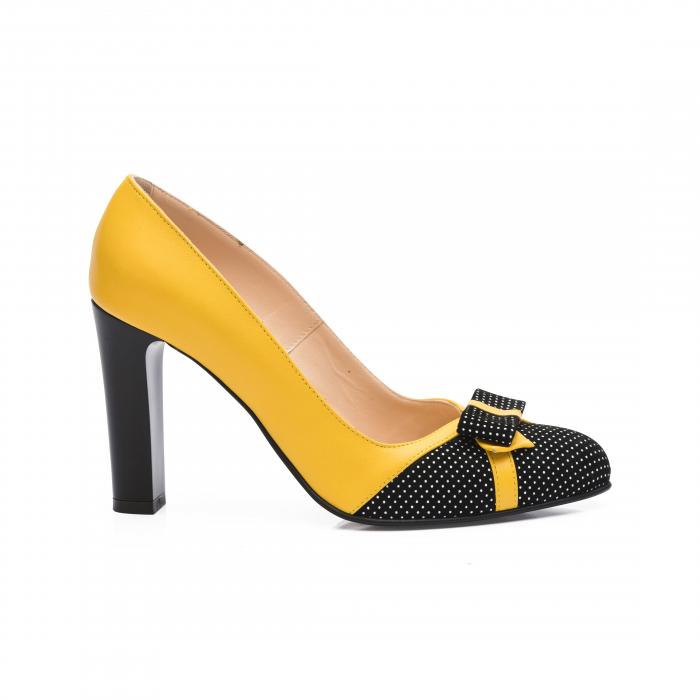 Pantofi eleganti galbeni cu insertie neagra din piele 0
