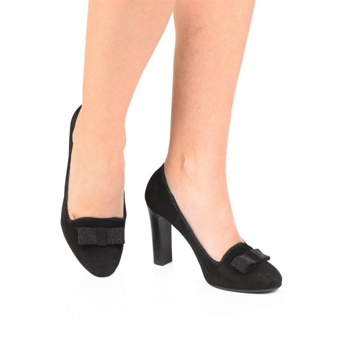 Pantofi eleganti negri accesorizati cu funda din piele CA24