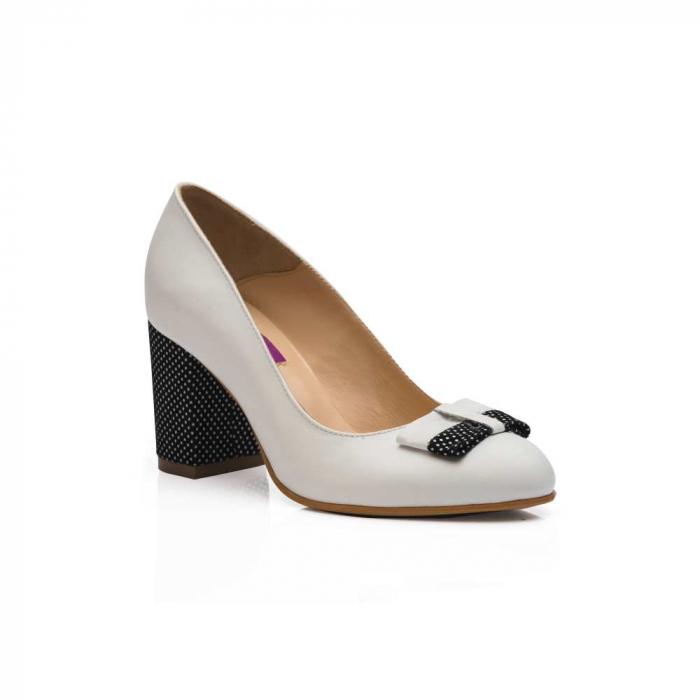 Pantofi cu toc gros albi din piele si funda decorativa CA02