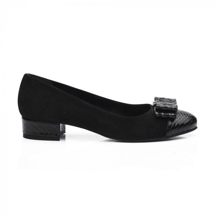 Pantofi negri cu toc mic din piele naturala 2