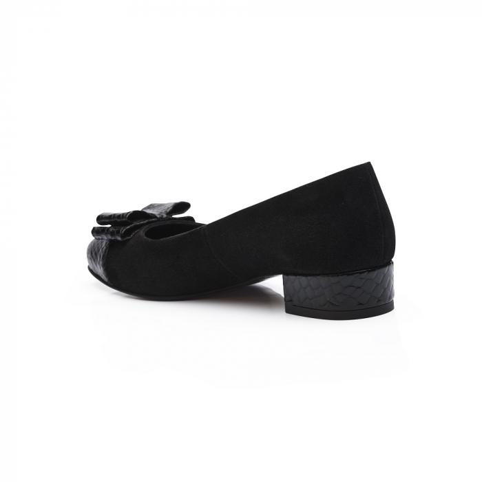 Pantofi negri cu toc mic din piele naturala 3