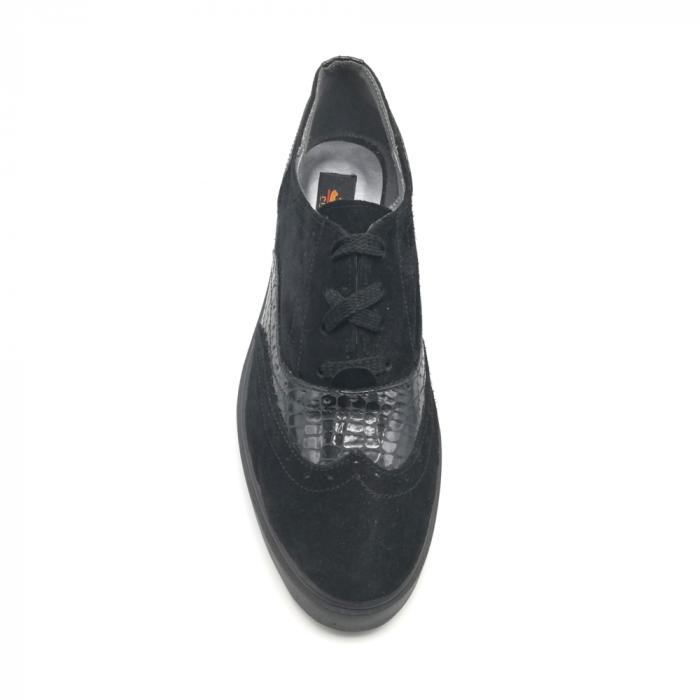 Pantofi Oxford negri din piele naturala cu detalii perforate 3