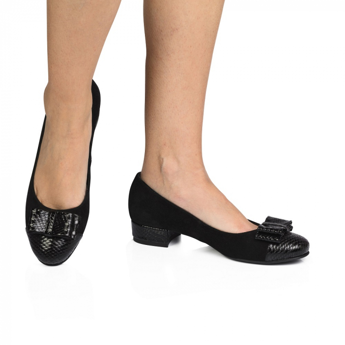 Pantofi negri cu toc mic din piele naturala, 39