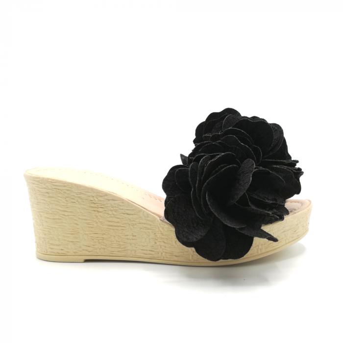 Papuci dama cu platforma si flori supradimensionate 0