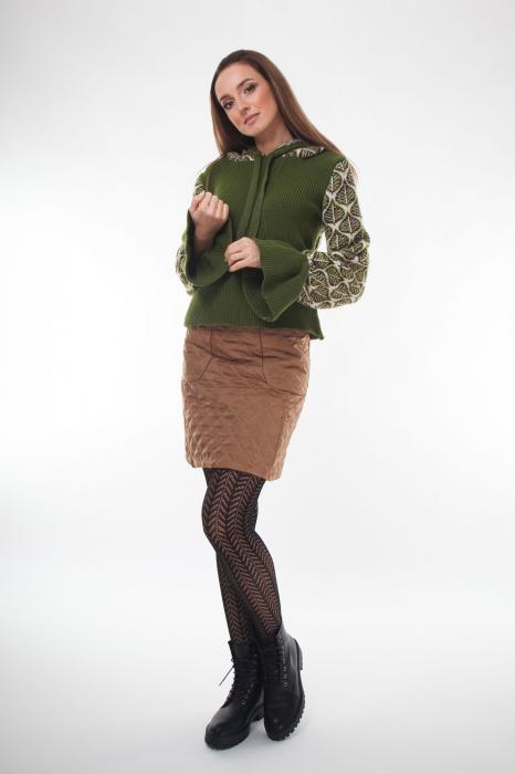 Pulover dama verde tricotat cu gluga 1