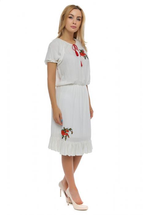 Rochie alba cu broderie florala si ciucuri RO179 [1]
