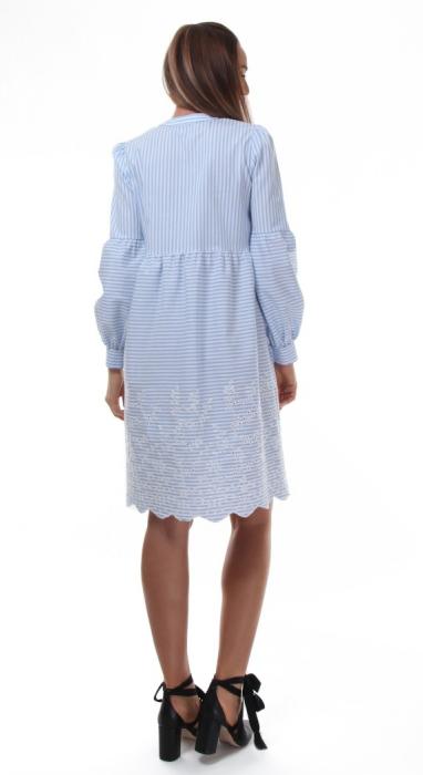 Rochie tunica alba cu dungi albastre si broderie sparta 1