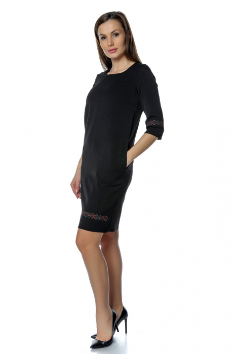 Rochie casual neagra cu broderie motive traditionale RO269 1