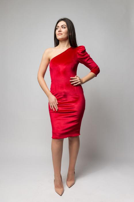 Rochie eleganta din catifea rosie cu un umar gol 0