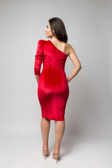 Rochie eleganta din catifea rosie cu un umar gol 3