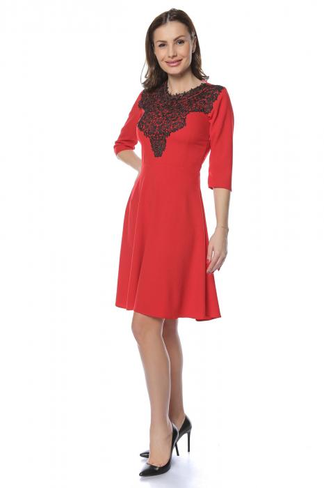 Rochie dama casual cloche rosie cu dantela aplicata RO218 0
