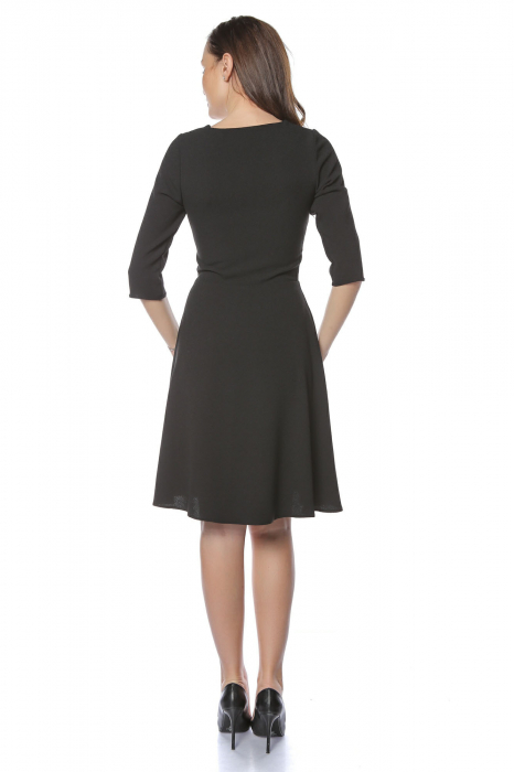 Rochie dama eleganta neagra cu dantela aplicata la gat RO224 1