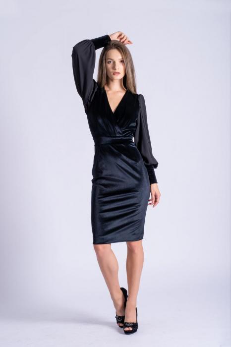 Rochie eleganta din catifea neagra cu maneci din voal 1