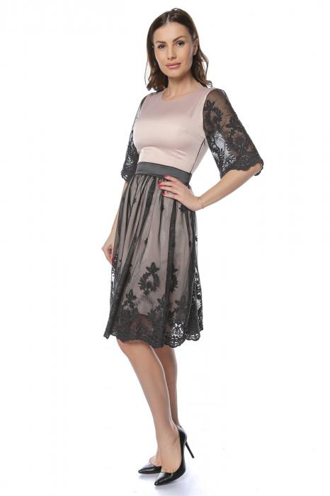Rochie eleganta din satin cu aplicatie de tul brodat RO220 0