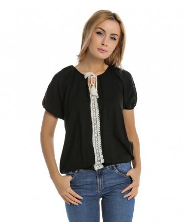 Bluza casual neagra cu aplicatie de dantela perforata B1090