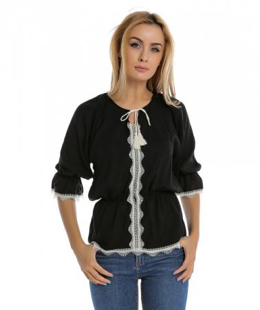 Bluza casual neagra cu maneci trei sferturi si aplicatie de dantela B1100