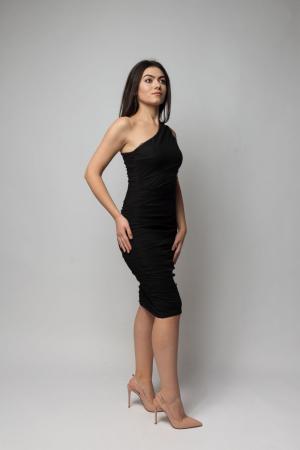 Rochie eleganta din tulle negru cu un umar gol1