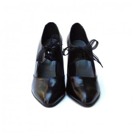 Pantofi cu toc gros si siret din organza2