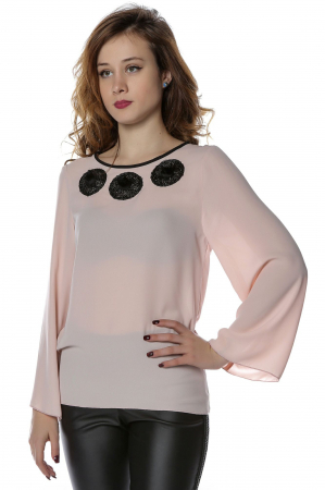 Bluza eleganta din voal nude cu aplicatii negre B1181