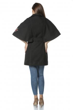 Capa dama din stofa neagra cu aplicatii brodate CA411
