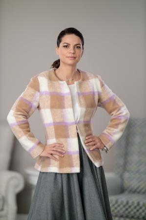 Sacou din stofa de lana in carouri Femina1