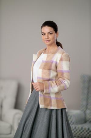 Sacou din stofa de lana in carouri Femina2