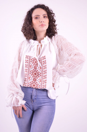 Bluza tip ie cu imprimeu traditional si maneci lungi din tulle fin0