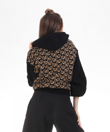 Hanorac dama negru tricotat cu motive romanesti3