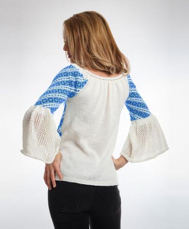 IE tricotata cu model traditional albastru si maneci clopot Onibon1
