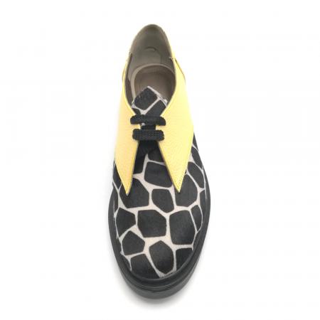 Pantofi dama din piele naturala galbeni cu ponei animal print3