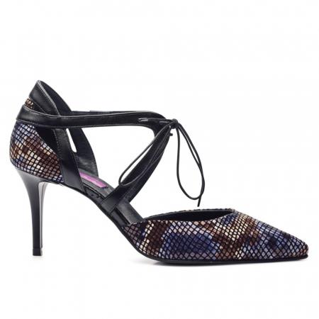 Pantofi din piele naturala snake print toc mediu CA701