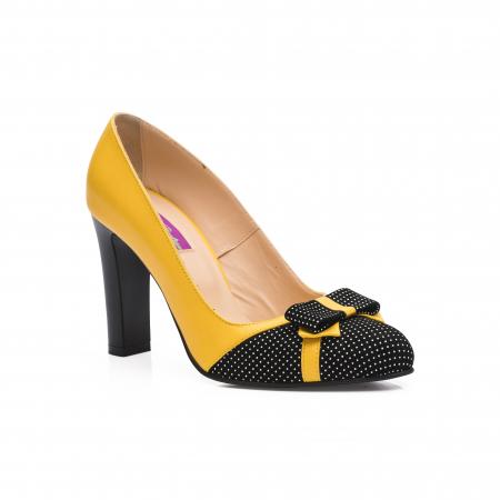 Pantofi eleganti galbeni cu insertie neagra din piele1