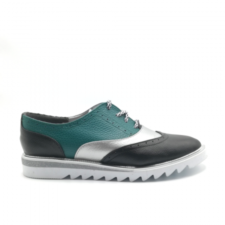 Pantofi in trei culori din piele naturala cu talpa joasa0