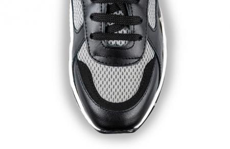 Sneakersi Mihai Albu Raven3