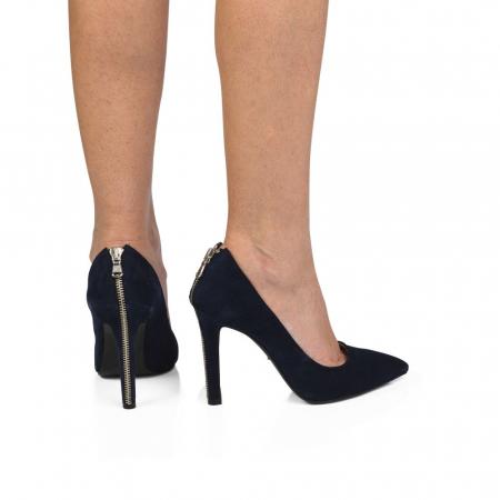 Pantofi stiletto din piele intoarsa negri cu fermoar decorativ pe toc CA38, 390