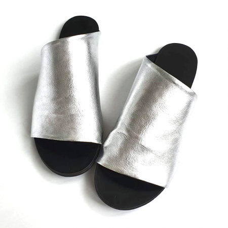 Papuci dama din piele naturala argintie Lexi [1]