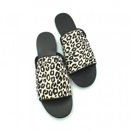 Papuci dama din piele naturala Araya Animal Print4