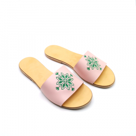 Papuci din piele nude cu broderie traditionala verde [2]