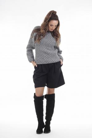 Pulover tricotat manual gri cu maneci lungi1