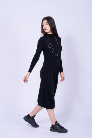 Rochie neagra midi din tricot cu maneci lungi1