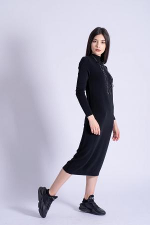 Rochie neagra midi din tricot cu maneci lungi0