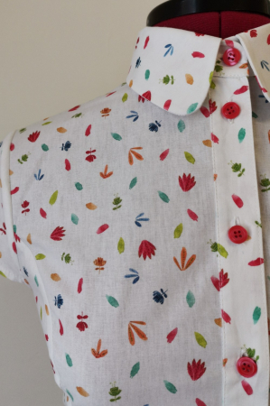Rochie midi tip camasa, cu maneca scurta, alba cu floricele [4]