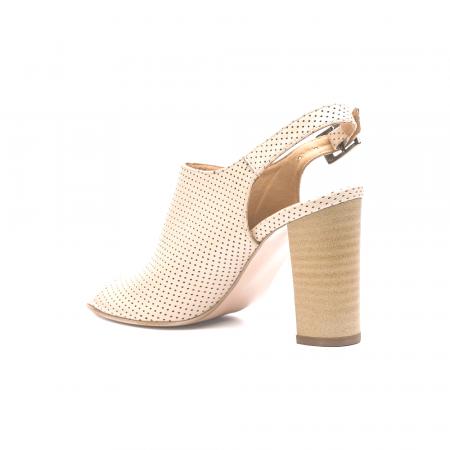 Sandale nude cu toc gros din piele perforata [2]