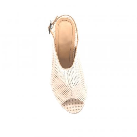 Sandale nude cu toc gros din piele perforata [3]