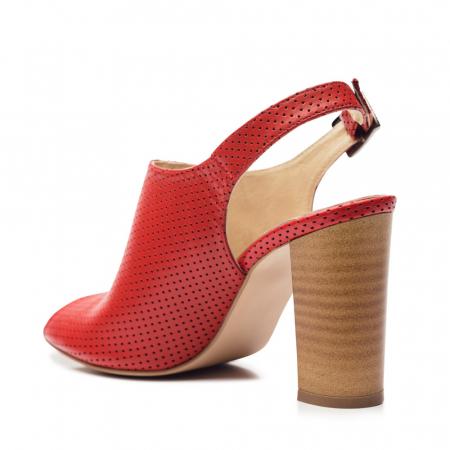 Sandale rosii cu toc gros din piele perforata CA143