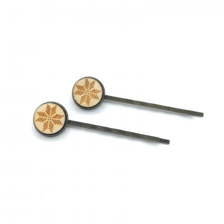 Set agrafe din lemn model traditional 02
