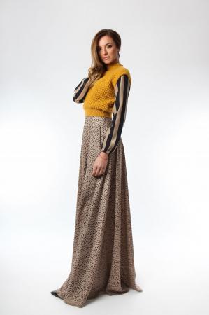 Vesta dama tricotata galben sofran cu guler inalt2