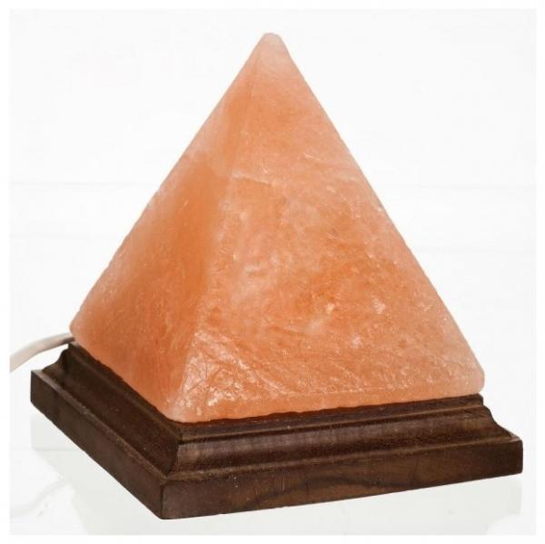 Lampa de sare Himalaya - piramida pe suport de lemn