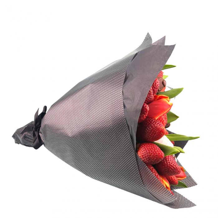 Buchet de flori cu capsuni [3]