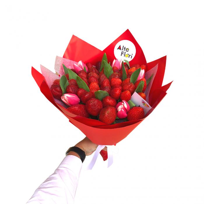Buchet de flori cu capsuni [2]